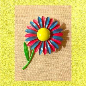 Vintage 💙💗 Enamel flower brooch
